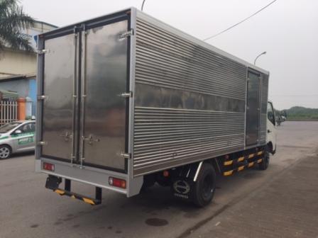 giá xe tải hino 3,5 tấn thùng kín tại thanh hóa