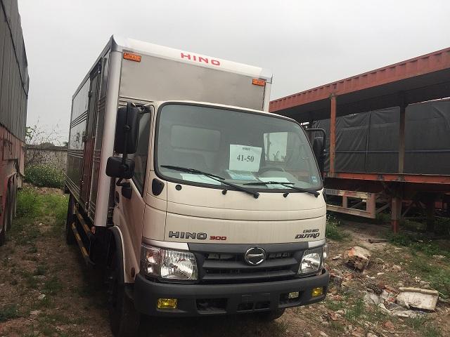 giá xe tải hino 5 tấn nhập khẩu dutro