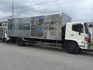 giá xe tải hino 9 tấn thùng kín tại hà nội